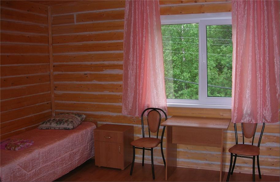 В номере гостиницы. Фото: pantovie-vanni.ru