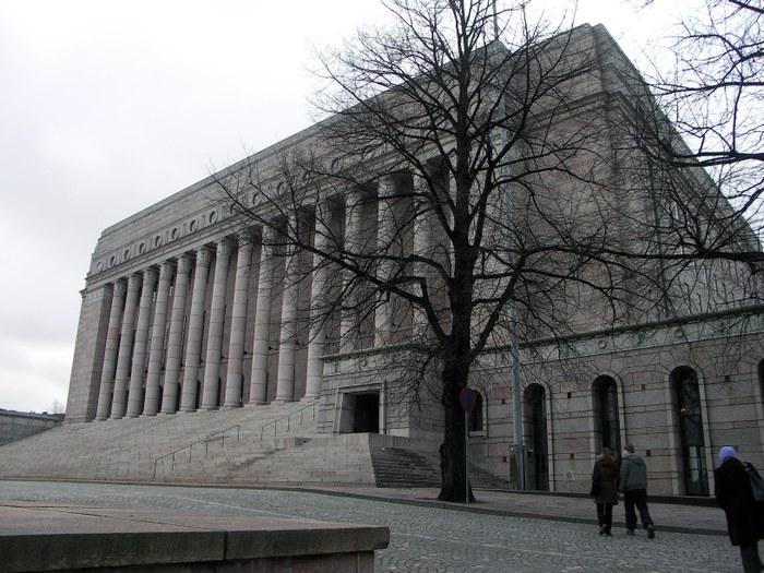 Здание Парламента Финляндии. Фото: www.helsinki.ru