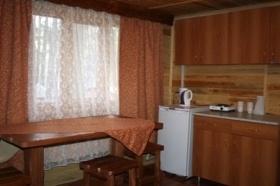 Кухня в доме. Фото: www.laguna-d.ru