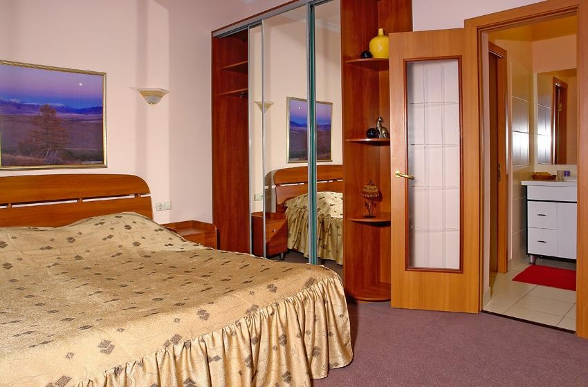 Спальня в Люксе. Фото: www.belokur.ru