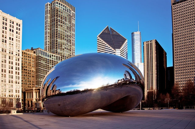Скульптура «Облачные врата».  Фото с сайта www.americancities.ru