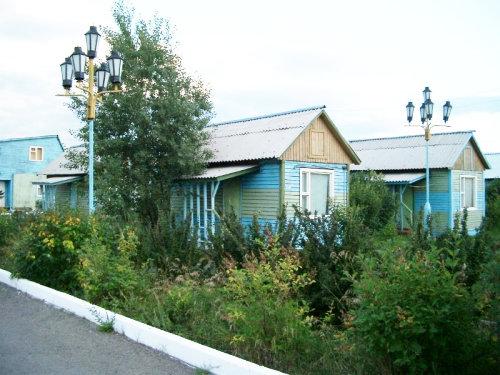 Трехместные домики. Фото: www.sibsau.ru
