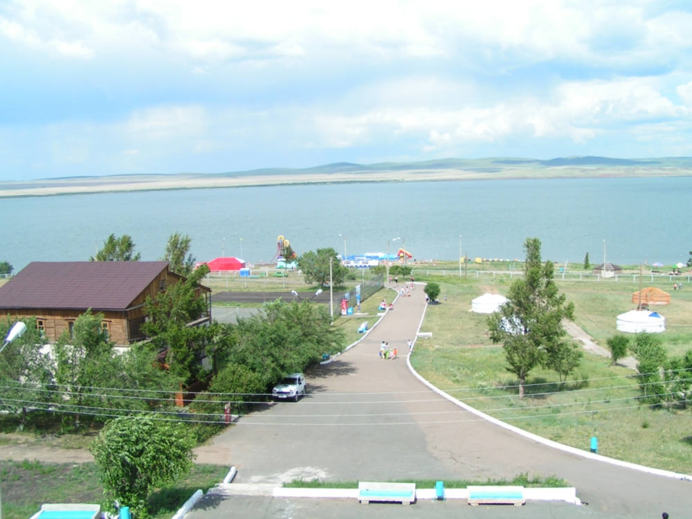 Территория курорта. Фото: www.kurort-shira.ru