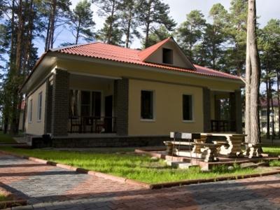 Одноэтажный коттедж. Фото: www.drujba-hotel.ru