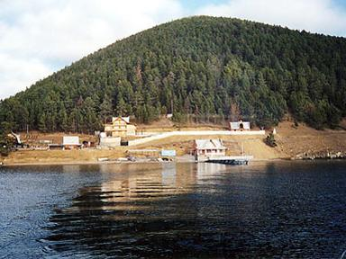 Вид на базу отдыха «Маяк». baikaltourist.com