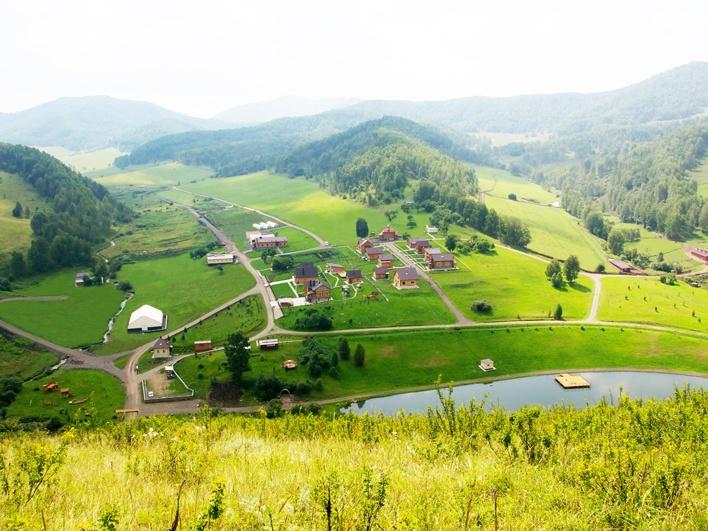 Деревня. Вид с Ипатовой горы