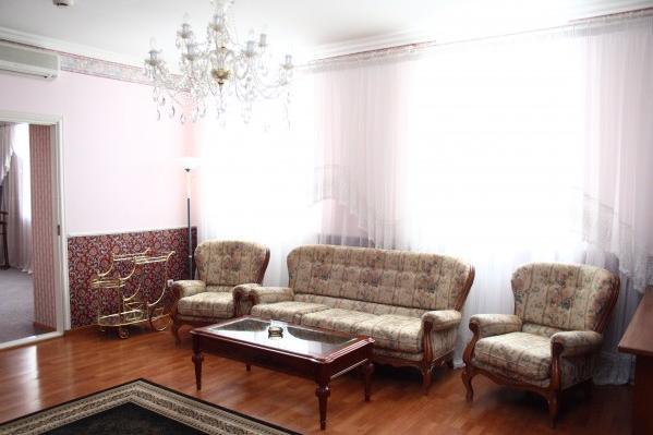 Гостиная в номере. Фото: imperialhotel.tomsk.ru