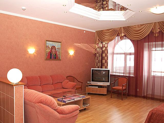 Номер «Люкс» с балконом. Фото: prestige-tour.ru
