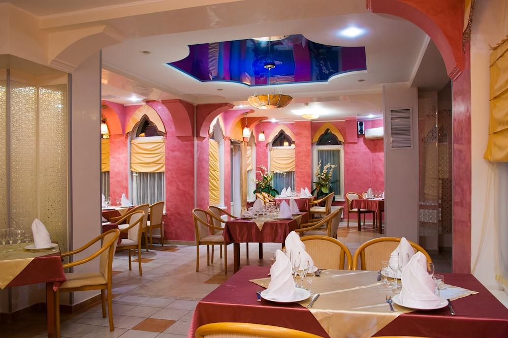 Ресторан, «Красный зал»