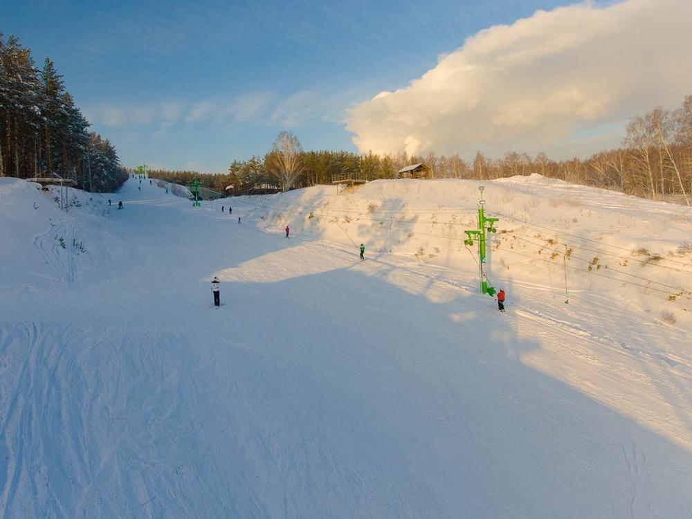 Вид на горнолыжную трассу. Фото: inya-club.ru