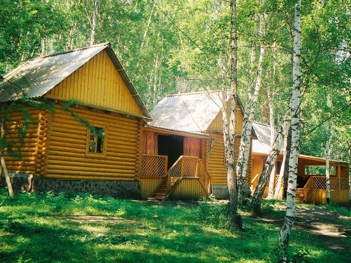 Домики базы «Дехановка». Фото: www.evrotoyr.ru