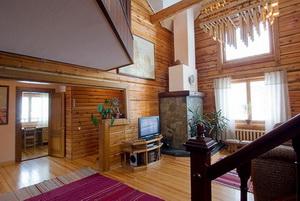 Холл в гостевом доме. Фото: www.belokuriha-online.ru