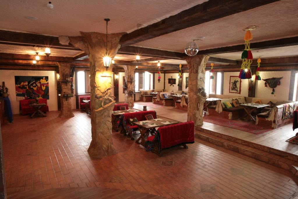 Ресторан. Фото: www.sar-gerel.ru