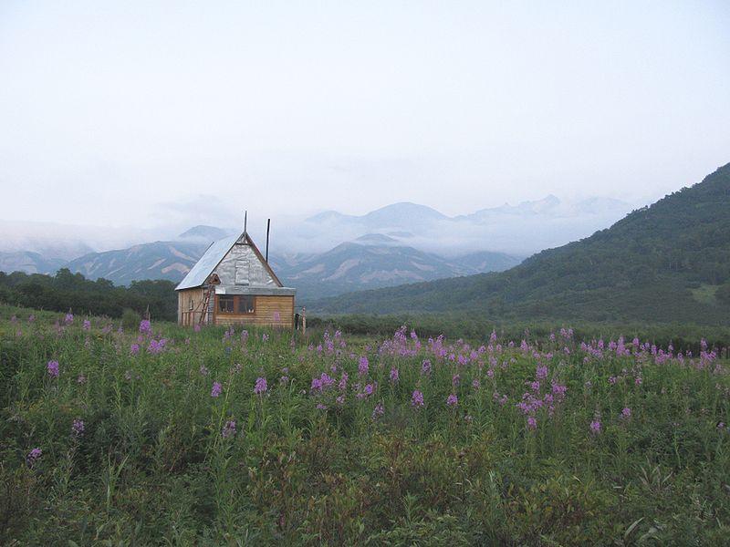 Семеновский кордон в Налычевской долине   ru.wikipedia.org
