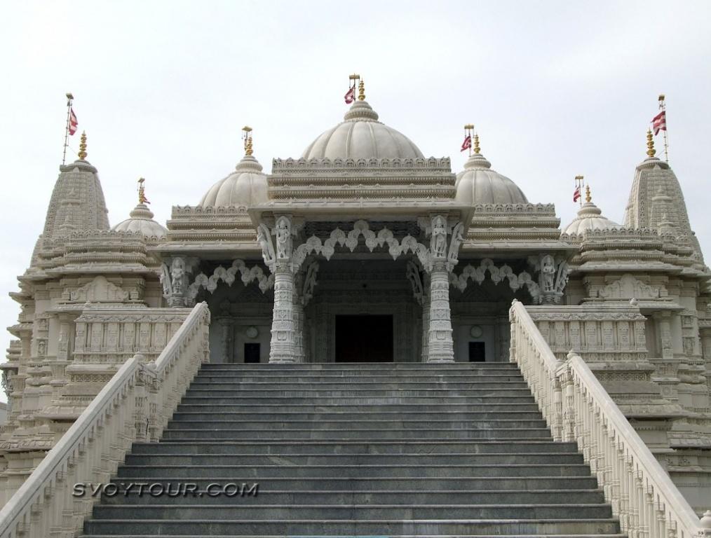 Храм «Sri Swaminarayan Mandir». Фото: svoytour.com