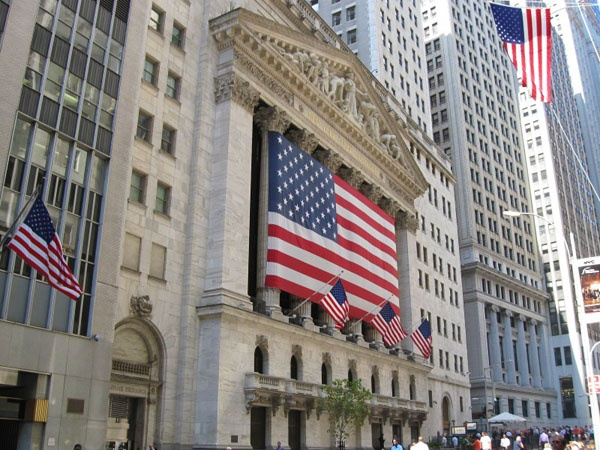 Нью-Йоркская фондовая биржа (NYSE). Фото: www.americancities.ru