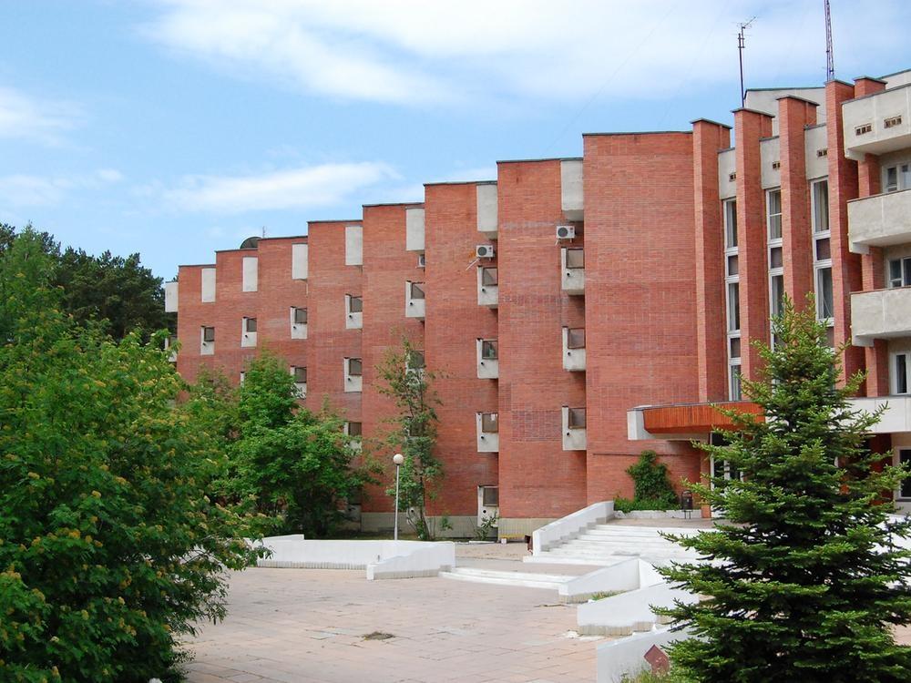Корпус санатория «Дальняя Дача»