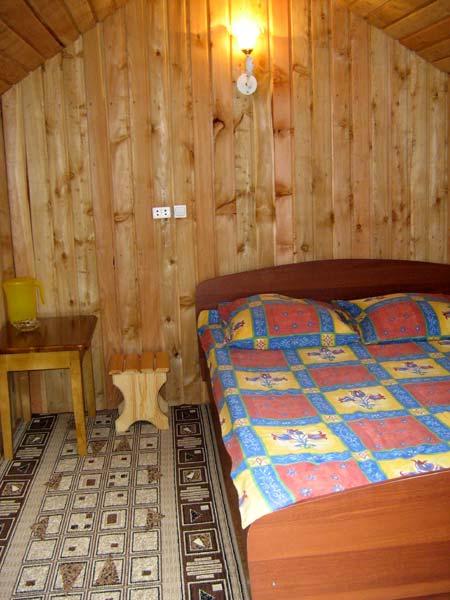 В домике   www.turistka.ru