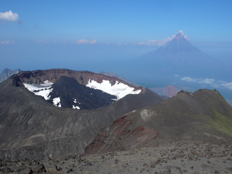 Вулкан Крашенинникова. Фото: www.volcanoesland.ru