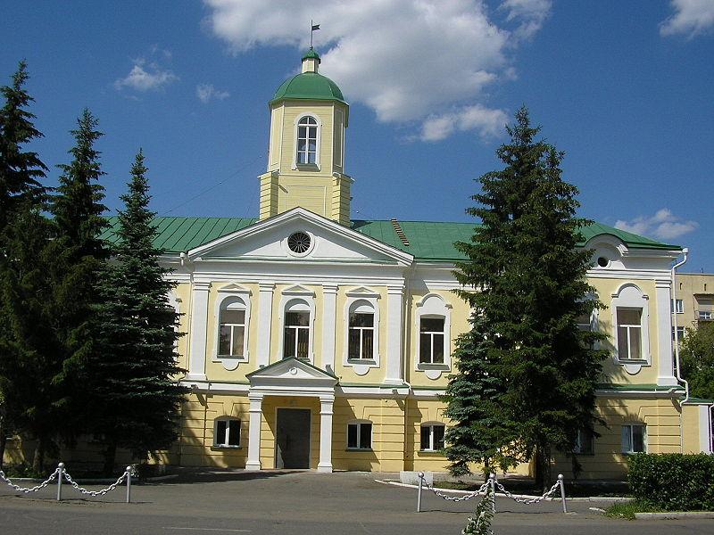 Здание бывшей гауптвахты омской крепости. Фото: Иван Ивченко.