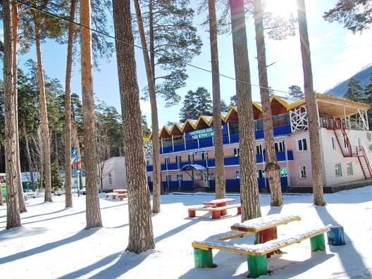 Корпус турбазы «Алания». Фото: arhiz.com.ua