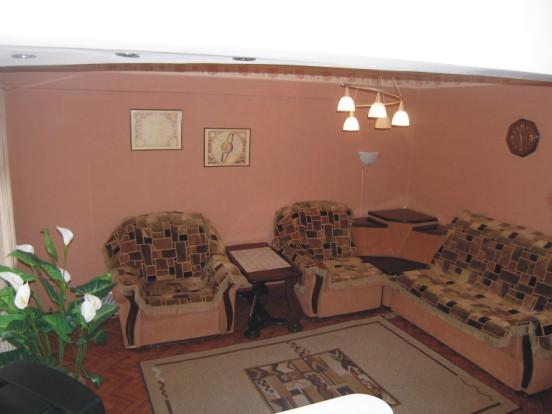 Двухкомнатная квартира высшей категории. Фото: hotelsib.ru