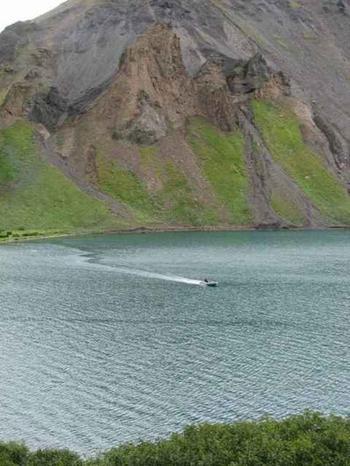 Озеро на территории парка. Фото: www.wildkamchatka.ru