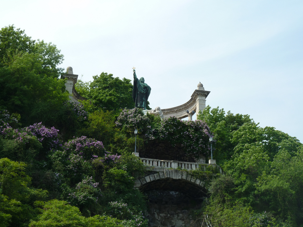 Памятник Геллерту. Автор: lostajy. Фото:  www.flickr.com