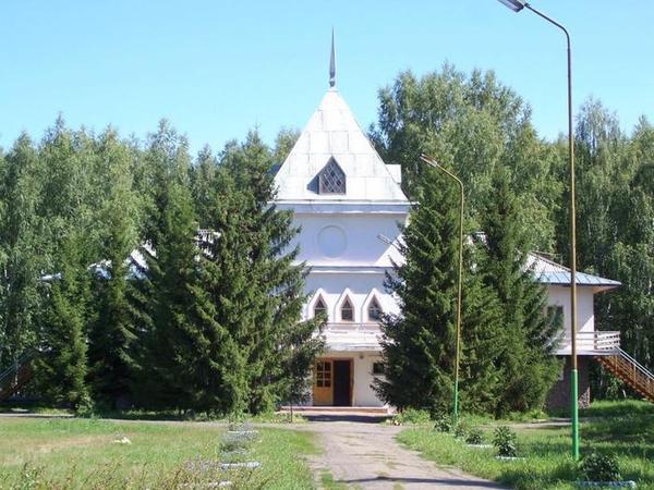 Основной корпус. Фото: www.rodnichok.biz