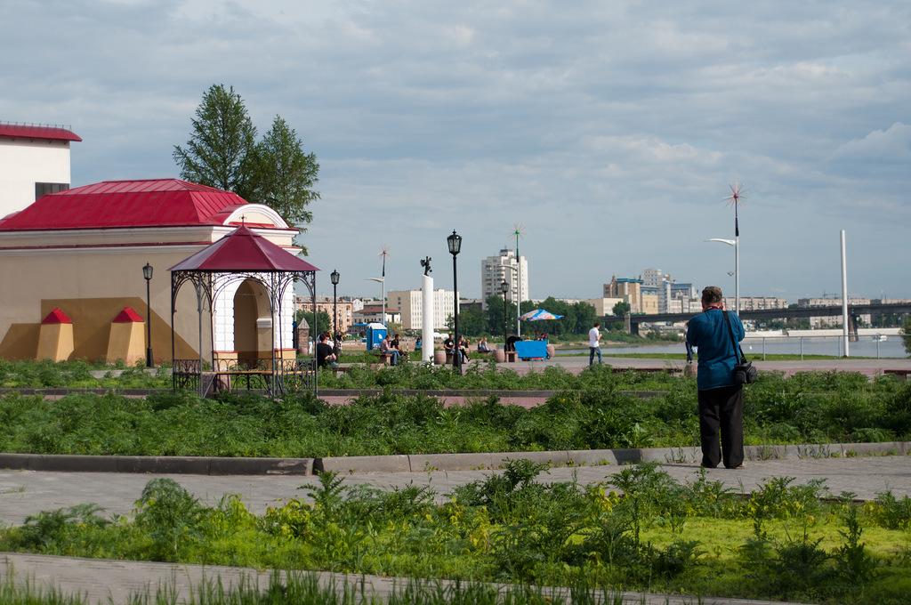 Омская крепость — Тобольские ворота, устье Оми и Ленинградский мост. Фото: Иван Ивченко.