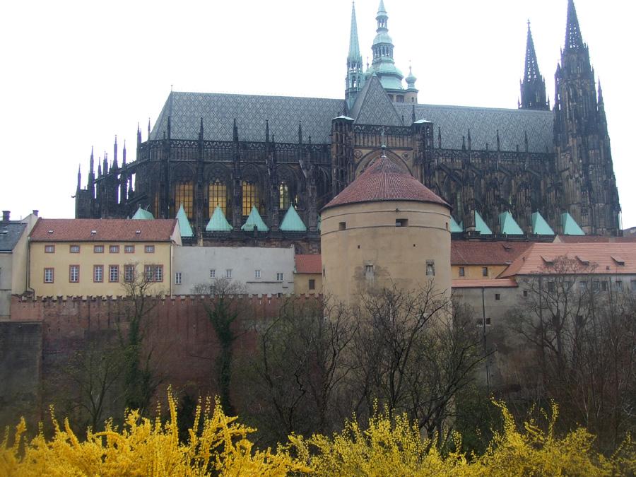 Крепостная стена Пражского Града. Автор: grahamc99. Фото:  www.flickr.com