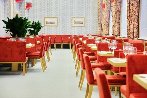 Ресторан. Фото: www.tulipinnrosakhutor.com