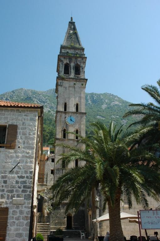 Колокольня церкви Св. Николая. Автор: kpi. Фото:  www.flickr.com