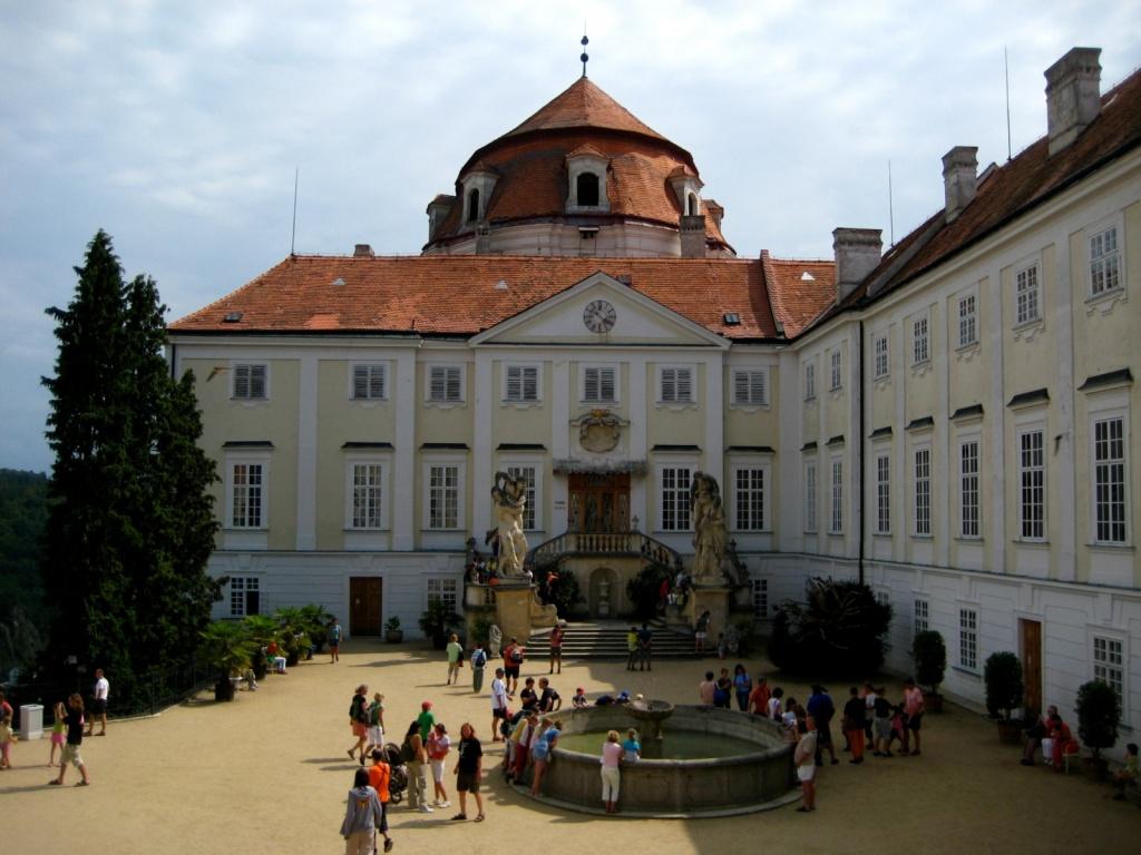 Дворцовая площадь. Автор: Milada13. Фото:  commons.wikimedia.org