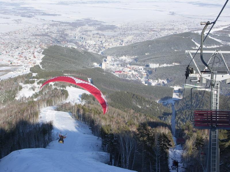 Полет на параплане. Фото: www.blagodat22.ru