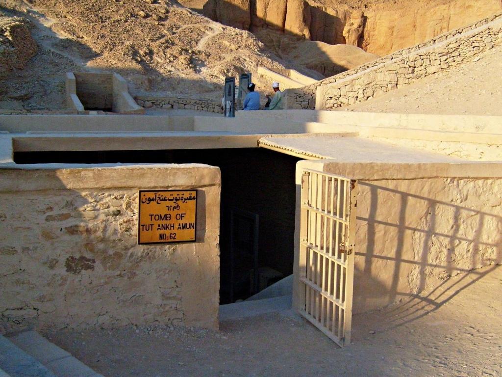 Вход в гробницу Тутанхамона. Автор: zolakoma. Фото:  www.flickr.com