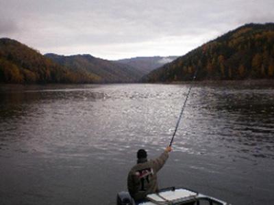 Рыбалка на Красноярском море. Фото: www.sibterra.ru