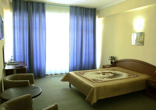 Интерьер номера. Фото: www.semiramida-hotel.ru
