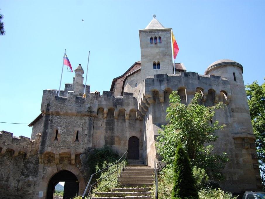 Замок Лихтенштейн. Фото:  venagid.ru/