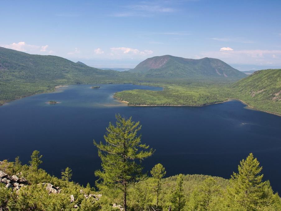 Озеро Фролиха. Вид с горы Медвежья.  Фото: Марков Станислав