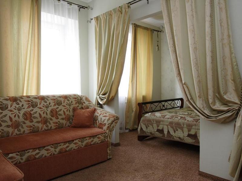 Номер Люкс на пр. Губкина. Фото: www.hotel-podkova.ru