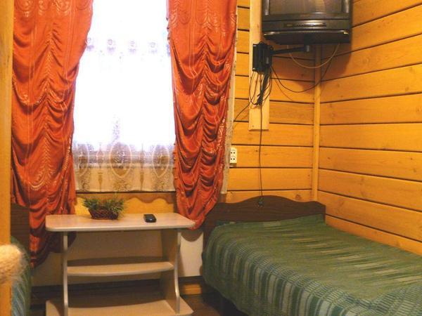 В домике. Фото: www.base-sosna.ru