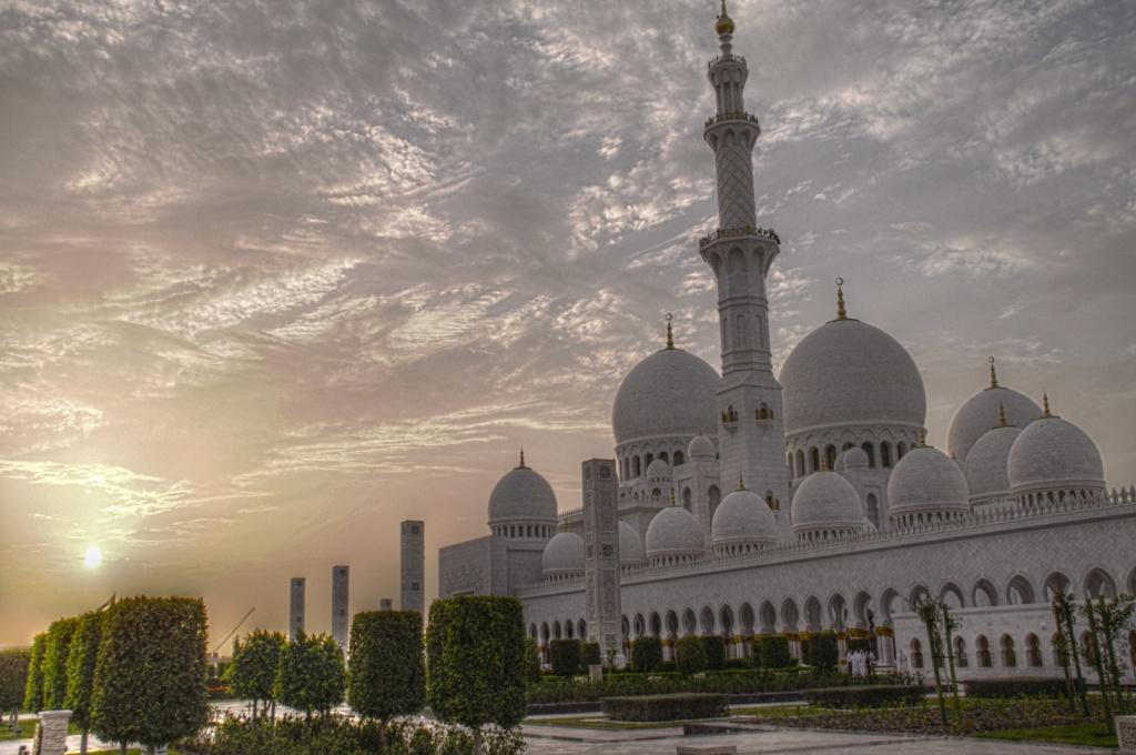 Абу Даби. Фото:    lam_chihang