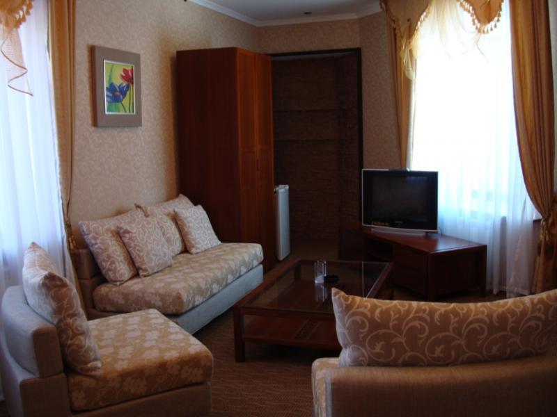 Гостиная номера «Люкс». Фото: www.bereke-burabai.com