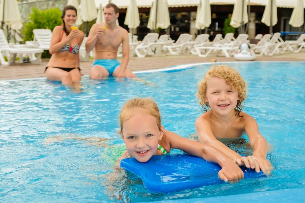 Комплекс летних бассейнов