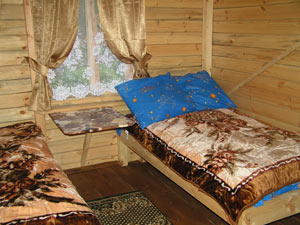 Внутри домика. Фото: www.lunny-svet.ru