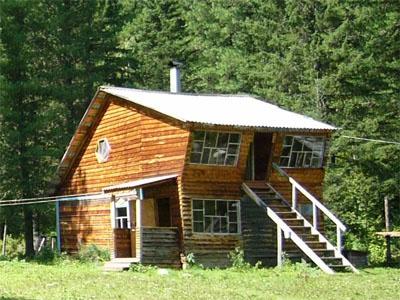 Двухэтажный дом   www.albagan.ru