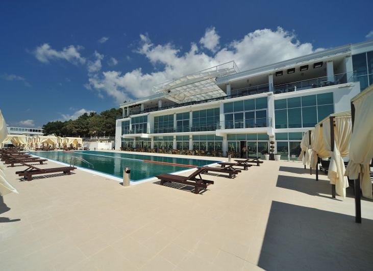 Ресторанно-пляжный комплекс «Sea House»