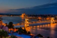 Мост Се́чени