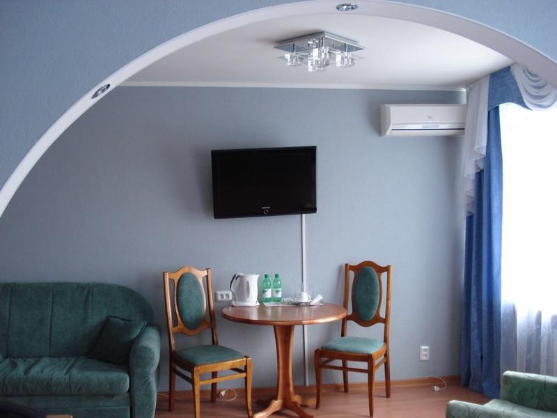 Одноместный номер Полулюкс. Фото: www.hotelkuzbass.ru
